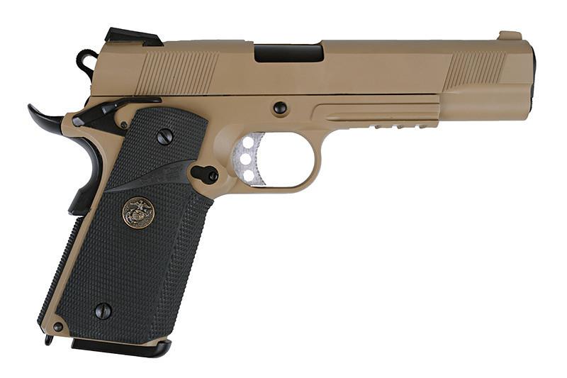 Страйкбольный пистолет WE